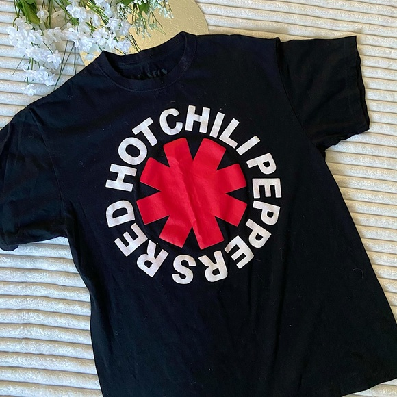 Unisex Retro Red Hot Chili Peppers Band Tee